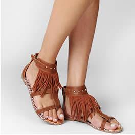 Sandálias e rasteiras com até 50% de desconto na Zattini