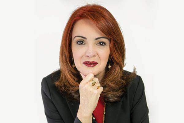 Marcia Luz - A Gratidão Transforma